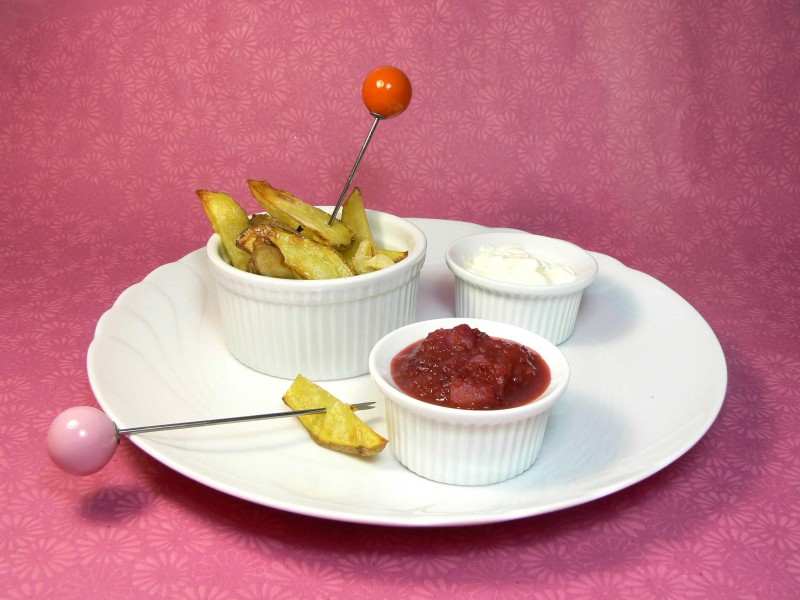 Potatoe Wedges with Plum Sauce (37)